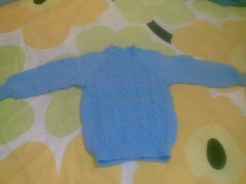 男孩两种颜色搭配织毛衣