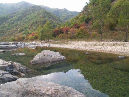 本溪洋湖沟,湖里村秋色图片
