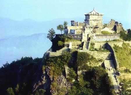 著名革命摇篮,国家地质公园——木兰山,地处武汉市北部,距