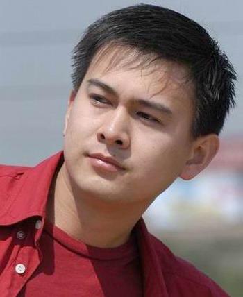 魏哲浩的父亲_卫视新闻联播最上镜的男主播们(图)-永远的心-搜狐博客