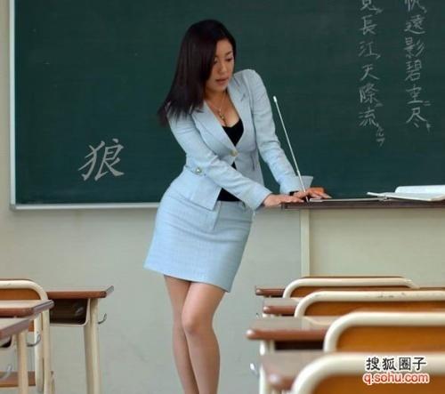 震惊,男女生在教室发生性关系(多图)! - 麻辣校园