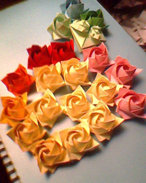 玫瑰花折纸大全图解 超简单卷心玫瑰5_折纸大全