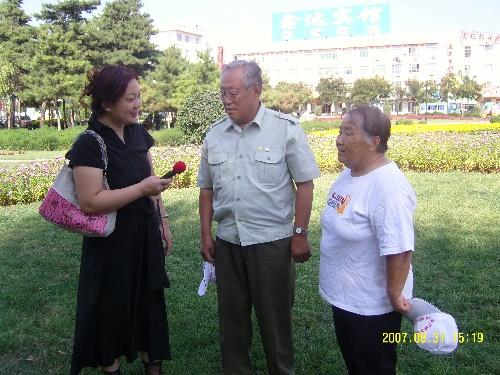 重点采访了魏巍笔下《谁是最可爱的人》主人公马玉祥和他的老伴
