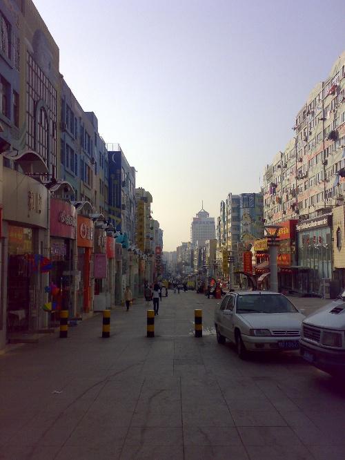 壁纸 步行街 街道 街景 商业街 500_666 竖版 竖屏 手机